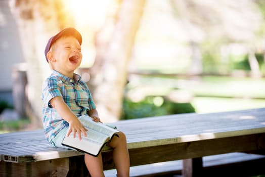 ipositivelinc-Positive-Discipline-laughing-child